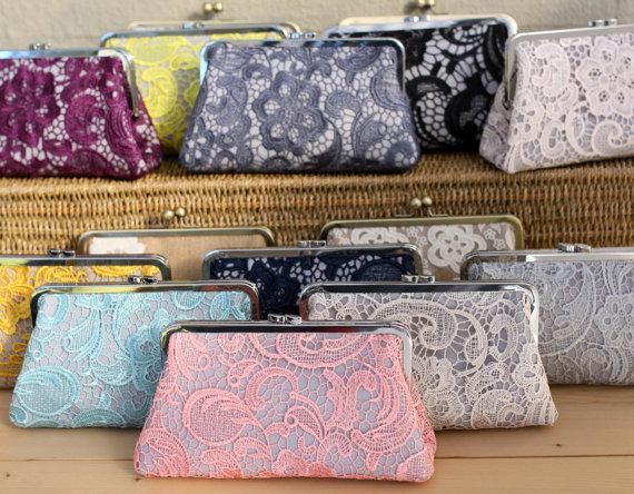 Свадьба - Lace Clutches / Lace Bridesmaid Purse / Wedding Clutches - Set of 8