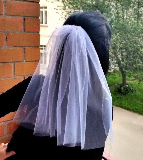 Mariage - Bachelorette party 1-tier Veil white, short length. Bride veil, accessory, bachelorette veil, hens party veil