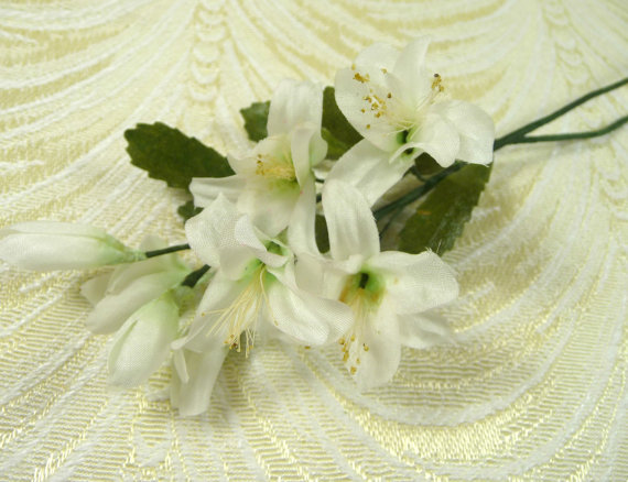 Vintage orange blossoms and buds white silk flowers millinery two vintage orange blossoms and buds white silk flowers millinery two stems for weddings bridal bouquets head bands corsages floral arrangements mightylinksfo