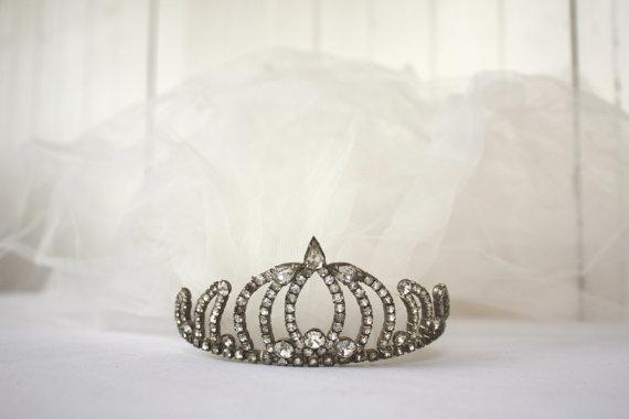 Свадьба - Vintage Tiara with Veil, Vintage Wedding Tiara, Bridal Veil, Waist Length Veil with Blusher,Vintage Bride, Wedding, Bridal, Rhinestone Tiara