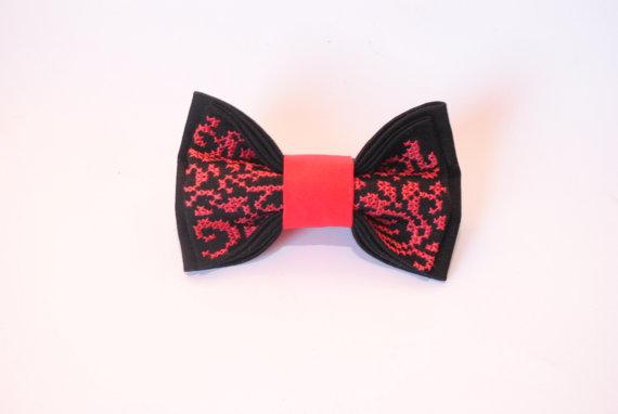 Wedding - Embroidered black red men's bow tie pretied bow tie Groomsman bow tie men bowties women bowties Unisex Vintage bowtie FREE SHIPPING