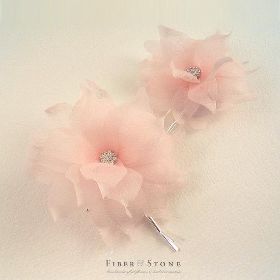 Свадьба - Pure Silk Wedding Hair Flower, Wedding Hair Accessory, Blush Bridal Hair Flower, Wedding Flower Hair Pin, Bridal Flower Hairpin, Clip, Pink