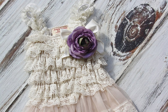 Свадьба - Lace Flower Girl Dress with Purple Flower- Flower Girl Dresses-Ivory flower girl dress-Lace dress-Rustic Girls Dress- Baby Dress- Bridesmaid
