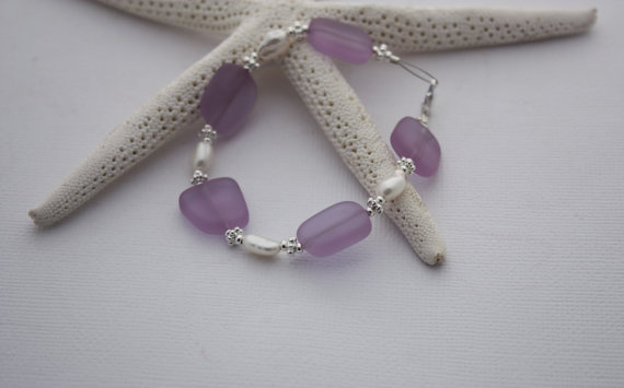 Mariage - Sea Glass Bracelet Sea Glass Jewelry Beach Glass Jewelry Seaglass Jewelry Beach Glass Bracelet Wedding Jewelry Bridal Party Bridesmaid 028