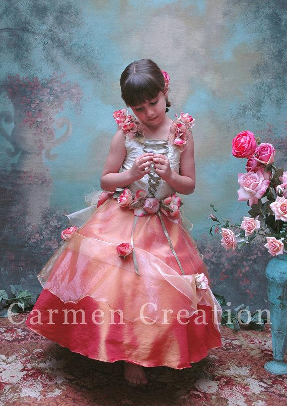 Свадьба - Victorian Flower Girl - Vintage Flower Girl - Flower Girl Dress - Princess Dress - Victorian Dress (Rococo Flower Girl Dress)