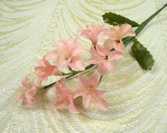 Vintage peachy pink blossom spray nos silk flowers small size for vintage peachy pink blossom spray nos silk flowers small size for dolls crafts bouquets hair clips corsage weddings mightylinksfo