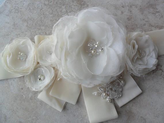 Свадьба - Enzoani Inspired Sash, Bridal Sash, Floral Sash, Bridal Accessory, Wedding Accessory, Beaded Sash, Organza Floral Sash, Bridal Belt, Sash