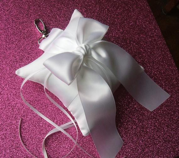Свадьба - Pet Ring Bearer Pillow...Made in your custom wedding colors...shown in white/white