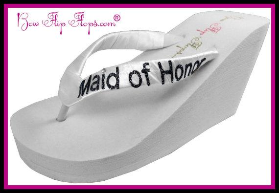 Mariage - Maid of Honor Flip Flops Bridesmaid Flip Flops Wedding Bling Wedge Glitter Ivory White Black Shoes Bridal Satin Gift platform heel brides