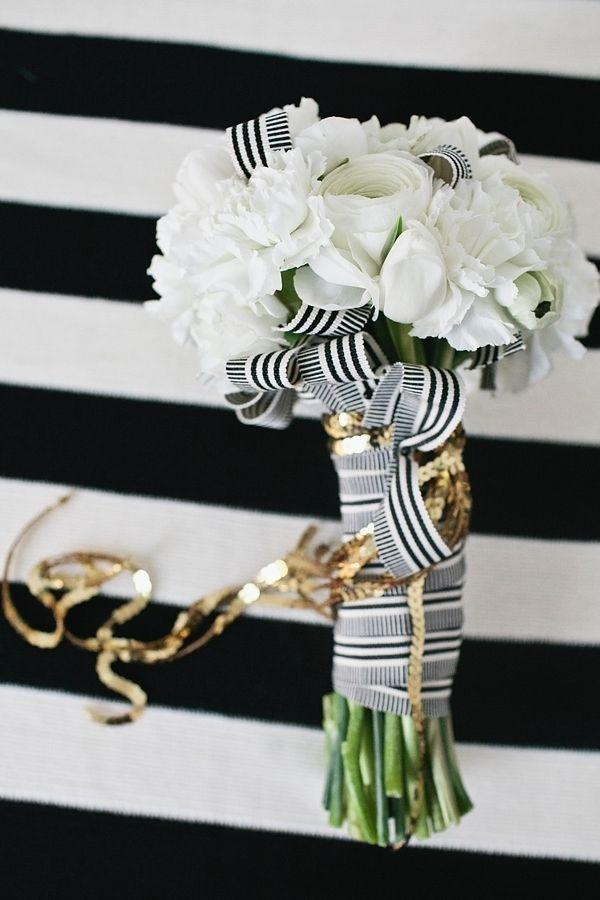 Wedding - I Love Black & White Striped Accents. Great Bouquet!