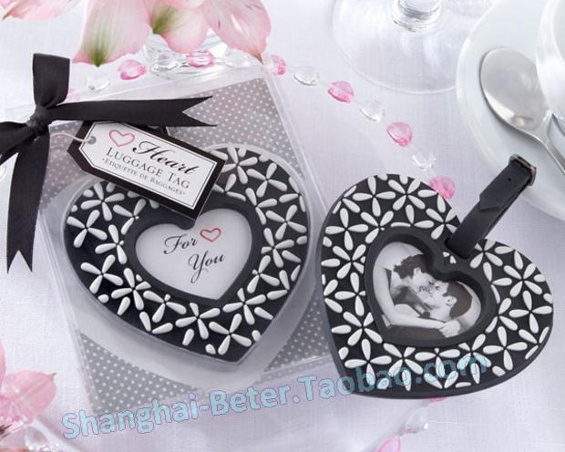 Wedding - Follow Your Heart Black-and-White Luggage Tag Favor ZH022