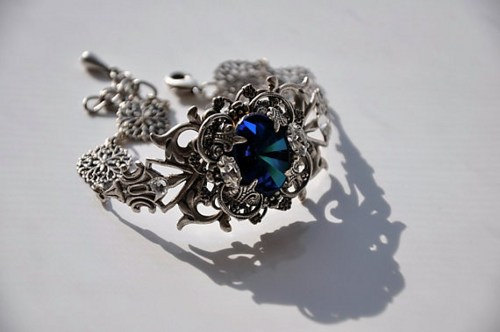 Mariage - Swarovski Crystal BERMUDA BLUE Bracelet,Victorian Style,Wedding Bracelet,Bridal Jewelry,Crystal Bracelet,Antique Silver,MERCEDES