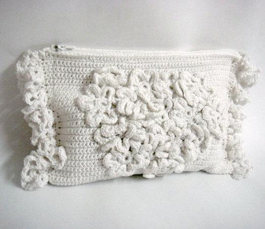 Mariage - PDF Crochet PATTERN DIY Tutorial Wedding Bridal Clutch Purse Bridal Accessories