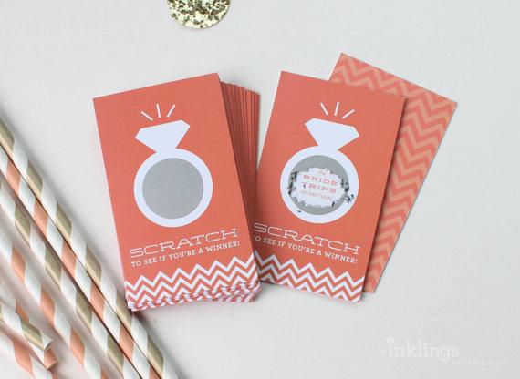 زفاف - 24 Scratch Off Cards for Bridal Shower or Bachelorette Game // Coral