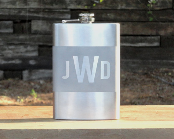 Свадьба - Personalized Flask. Monogram Flask. Custom Flask. Groomsmen Gift.