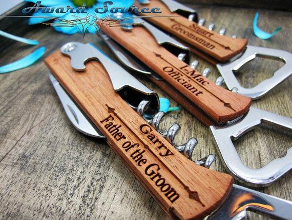 Свадьба - 1 Personalized Groomsmen Knife Wine Bottle Openers