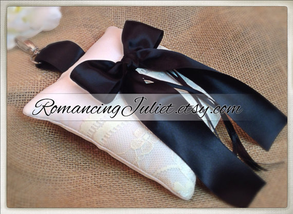 Свадьба - Lovely Lace and Satin Pet Ring Bearer Pillow...Made in your custom wedding colors...shown ivory/black