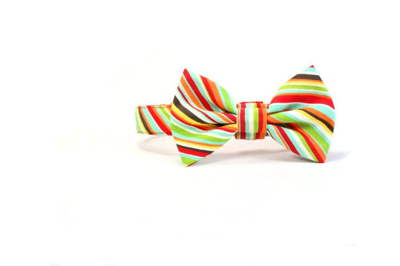 Свадьба - Red Striped Dog Bow Tie Collar Set Candy Stripes Dog Wedding Bowtie Adjustable