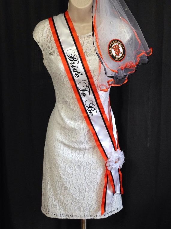 Свадьба - San Francisco Giants Bachelorette Sash and Bachelorette Veil