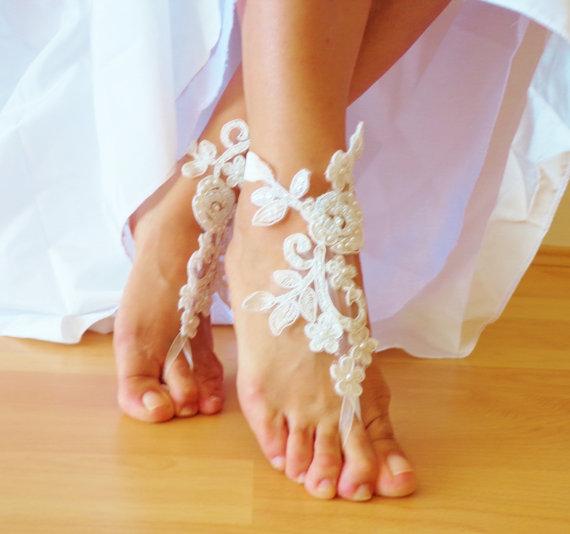 Hochzeit - Ivory Lace Sandals,Wedding Sandals, Bridesmaid Gift , Bridal Anklet, Beach Wedding Barefoot Sandals.