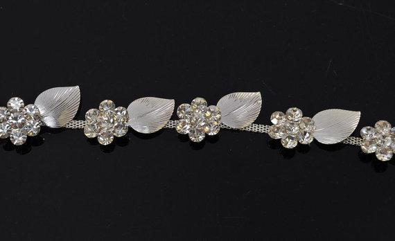 Свадьба - 18 inches Crystal trim, rhinestone trim Rhinestone Applique, Bridal Applique,  Wedding Applique, Sash Applique, bouquet handle, DIY wedding