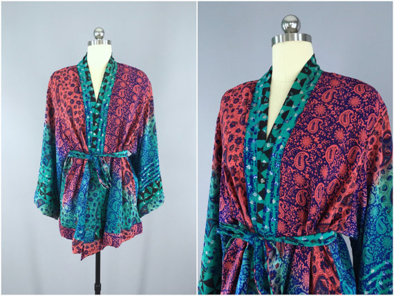 Свадьба - Silk Kimono Cardigan / Kimono Jacket / Vintage Indian Sari / Short Robe Dressing Gown Wedding / Boho Bohemian / Blue Pink Floral Block Print