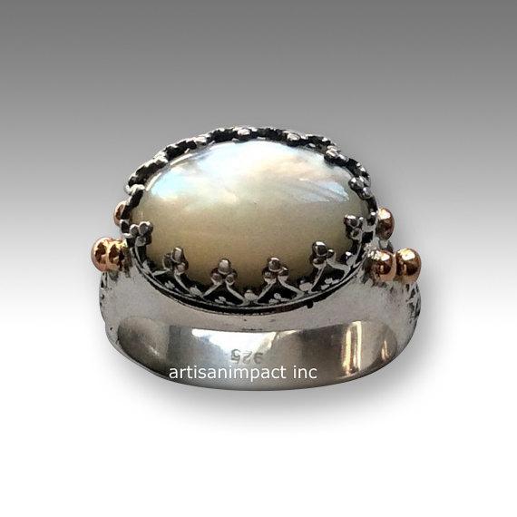 زفاف - Silver stone Ring, Gypsy ring, White Shell Ring, princess crown Ring, gold silver ring, unique engagement ring, boho ring - I believe R2052G