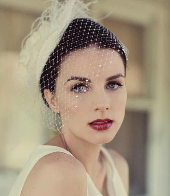 Ivory Birdcage Veil Feather Fascinator Bridal Hat Wedding Blusher Crystal Clic