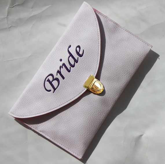 Monogrammed clutch envelope purse envelope clutch bride for Gifts for bridesmaids from bride