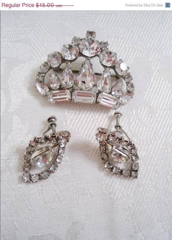 زفاف - CIJ SALE Demi Parure Pin and Earring Set Rhinestones Wedding Jewelry