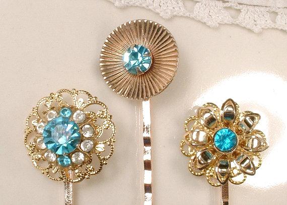 Свадьба - OOAK Vintage Teal Blue Rhinestone Gold Bridal Hair Pins, Aqua Clip Set 3 Bridesmaids Gift, Turquoise Wedding Hair Accessories Headpiece