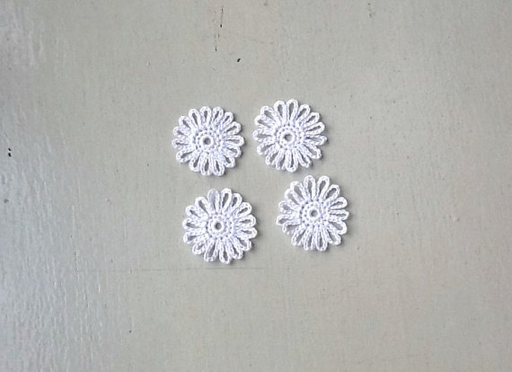 Mariage - Crochet Flowers Appliques 122.01 - Loops Flowers in White Color  - 4 pcs