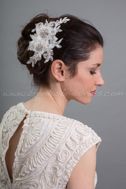 Свадьба - Light Ivory Lace Hair Clip, Bridal Hair Comb, Wedding Lace Headband, Birdcage Fascinator - LaSandra