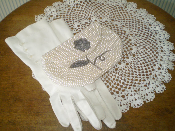 Mariage - Vintage Beaded clutch bag- White pearl clutch with gray flower formal handbag- prom handbag -wedding bag -Made in Japan