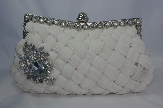 Mariage - White Bridal Clutch - Crystal Wedding Handbag -  Brooch Wedding Clutch - White Braided Lattice Clutch Bag - Satin White Wedding Purse