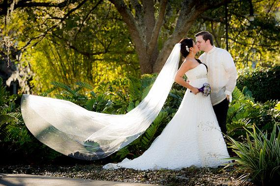 Mariage - SERENITY a Swarovski Crystal Rhinestone 90 Inch Long Chapel Length Veil