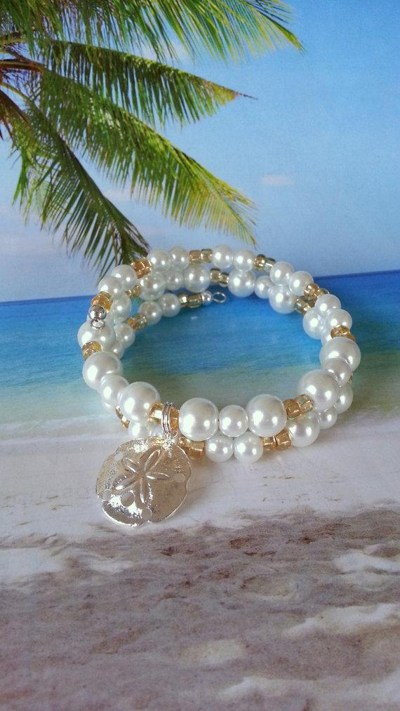 Свадьба - White pearl sand dollar memory wire beach wedding bracelet coastal jewelry pearl wrap
