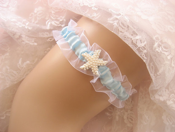 Hochzeit - Destination Wedding Garter Starfish Blue Garter Toss Garter / Garter Belt / Garder/ Something Blue/ Beach Wedding