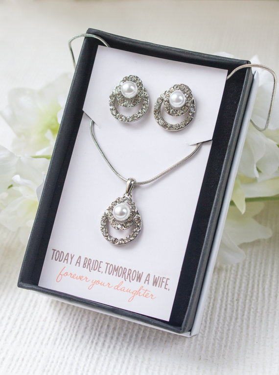 Wedding - Mother of the Bride, Personalized Bridal Party Gifts, Gifts for Mother of the Groom, Gift, Wedding Accessories, Bridal Jewelry, N513