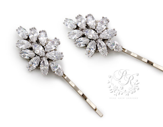 Mariage - Wedding Hair Pin Set of 2 Wedding Bobby Pin Platinum plated Zirconia Hair Pin Bridal Jewelry Wedding Accessory Wedding Jewelry spake Sasa