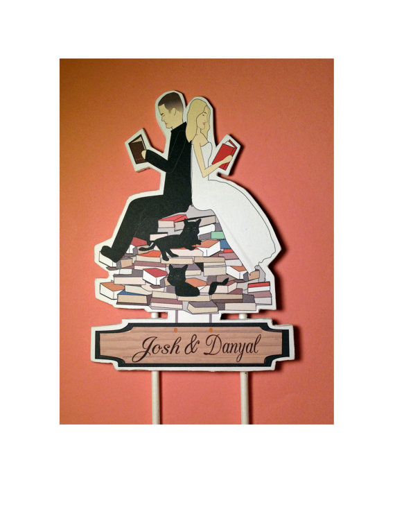 Свадьба - Book Lovers Bride and Groom Custom Wedding Cake Topper Pets Black Cats Reading Lovers Wedding cake