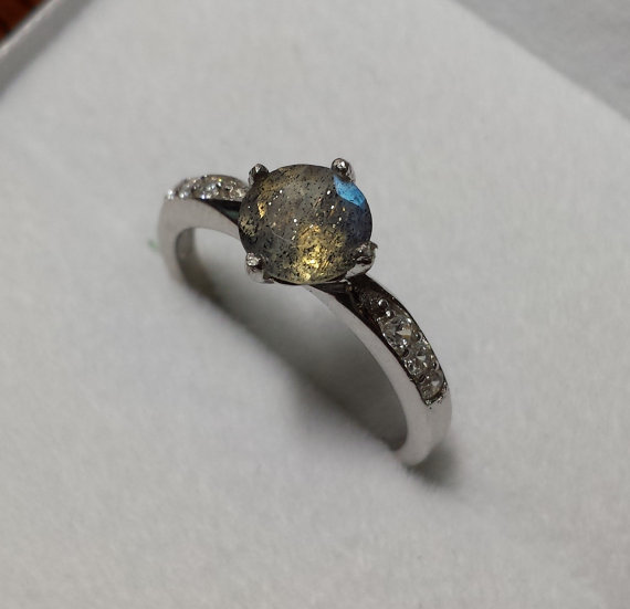 Natural Rainbow Labradorite Solid Sterling Silver Solitaire