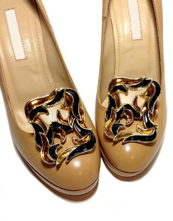 Mariage - Vintage Shoe Clips - Upright Black and Amber Enamel on Gold Tone
