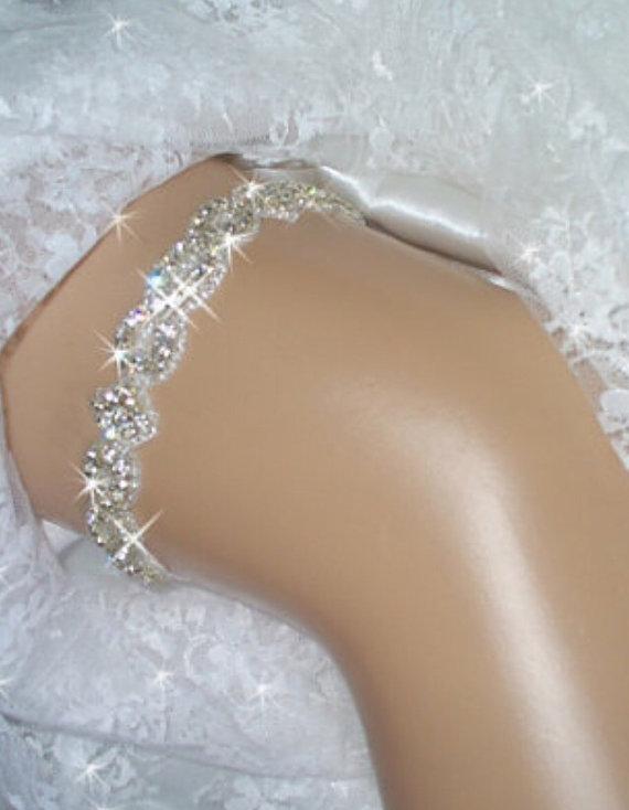 Mariage - Jeweled Wedding Garter, Bling Bridal Garter Belts, Wedding Garder, Rhinestone Garter  with Crystals, Bridal Accessories, Wedding Lingerie