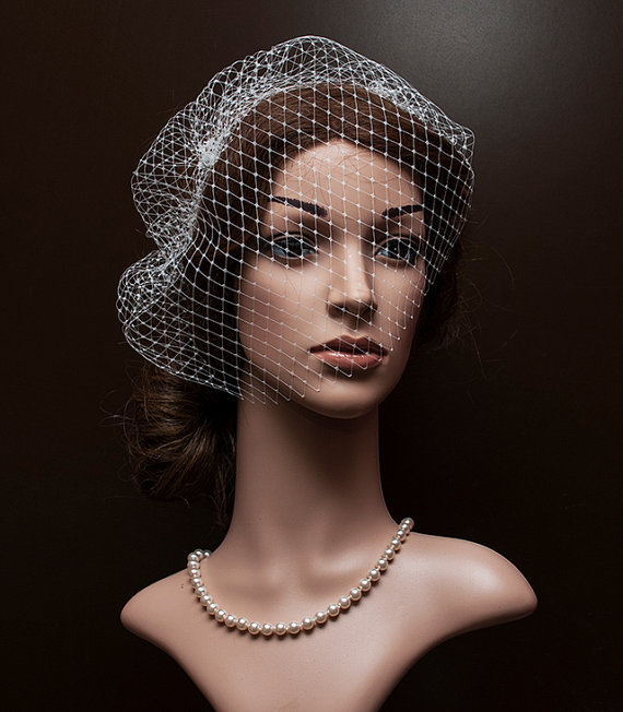 Mariage - White or Ivory Bridal Face Veiling, French face veil for brides, Russian netting for brides, bridal veil