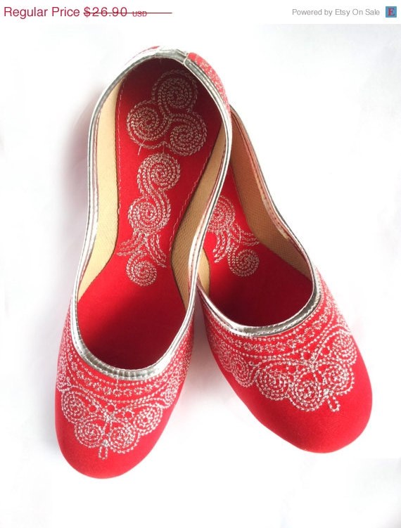 Mariage - 15%Summer Celebrations US Size 10/Red shoes/Velvet Shoes/Silver Embroidered Designer Shoes/Cherry Red Ballet Flats/Women Shoes/ Handmade Sho