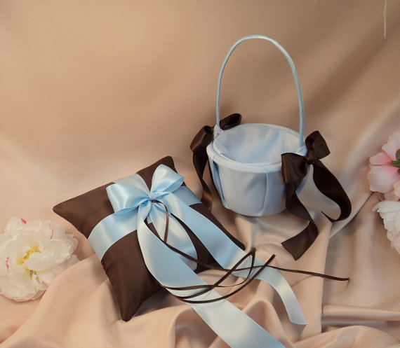 Mariage - Custom Colors Flower Girl Basket and Romantic Satin Ring Bearer Pillow Combo...You Choose The Colors...shown in chocolate brown/light blue