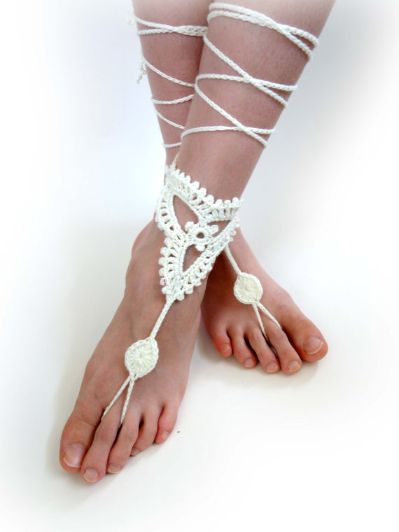 Hochzeit - Crochet Barefoot Sandals. Ivory or 27 colors. Woman's Crochet Foot Jewelry. Long Ties. Bridal Accessory. Beach Wedding. Beachwear. Set of 2