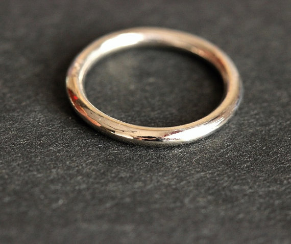 22k White Gold Band Ring