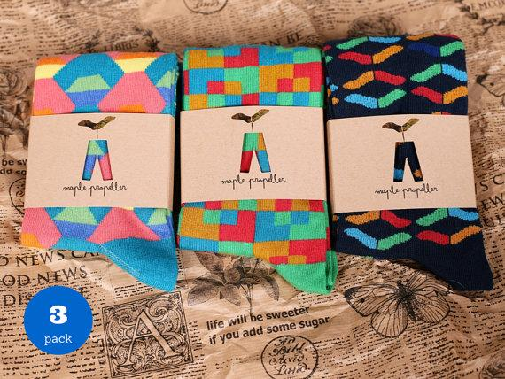 Свадьба - 3 PACK of colorful pattern socks for men / mens socks/ fun socks/ happy socks/ gift for him/ groomsmen gift/ fathers day gift